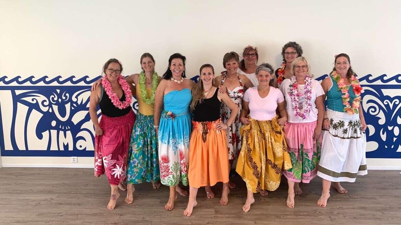 Regelmässige Hula-Stunden mit Martina Keller & Gruppe